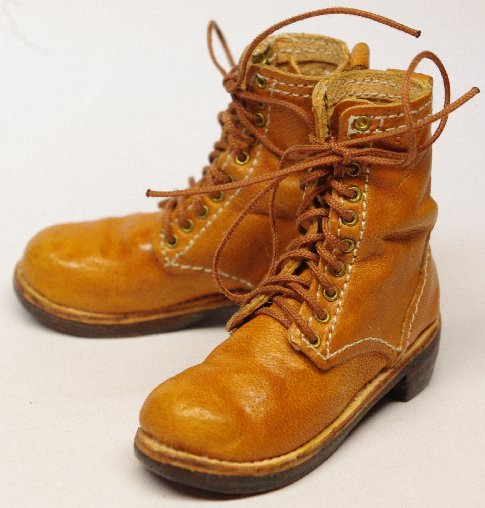 http://www.sgtdoggy.com/temporary/boots_5.jpg